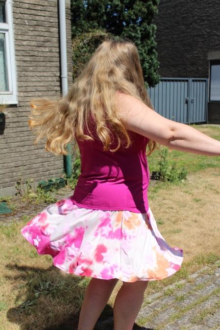 Dahlia Tank Top & Rose Skirt